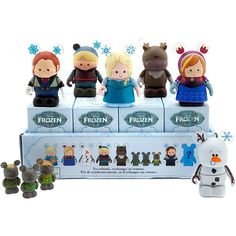 Disney Frozen Frozen Vinylmation Mini Figure Mystery Box (7,015 MXN) ❤ liked on Polyvore featuring home, home decor, disney figure, disney home decor, disney figurines, mini figure and mini figurines