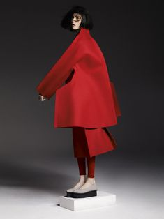 We will take inspration from sculpture and fine art/craft to create something different Reff  COMME des GARÇONS F/W 2012