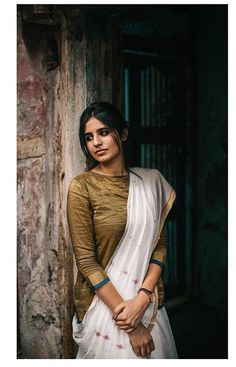 Paromita Banerjee Indian Attire, Indian Wear, Indian Style, Indian Photography, Girl Photography, Indian Dresses, Indian Outfits, Saree Poses, Grey Saree