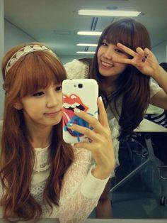 APink Chorong and Eunji