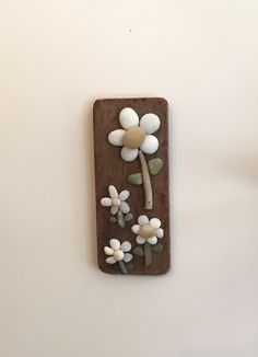 Rock Daisy Flowers on Driftwood- 8""