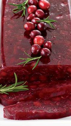 Jellied Cranberry Sauce with Fuji Apple via @AOL_Lifestyle Read more: http://www.foodandwine.com/recipes/jellied-cranberry-sauce-with-fuji-apple