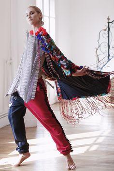 www.instagram.com/jorgeayalaparis Bell Sleeves, Bell Sleeve Top, Cosplay, Harem Pants, Women, Instagram, Design, Fashion, Moda