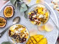 Snídaně patří k základním kamenům zdravého stravování. Quinoa, Acai Bowl, Breakfast, Food, Fitness, Acai Berry Bowl, Morning Coffee, Essen, Meals