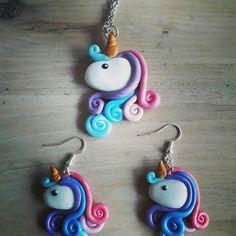 collier et boucles d'oreille licorne arc en ciel 100% fait main à découvrir sur ma boutique : www.etsy.com/fr/shop/MesideesdeJenni