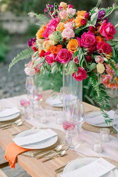Fuschia Wedding Flowers, Bright Wedding Flowers, Orange And Pink Wedding, Bright Flowers, Bright Colors, Pink Flower Arrangements, Flower Centerpieces, Wedding Centerpieces, Wedding Table