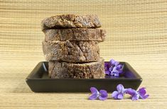 Made from locally harvested plants and barks, this gentle soap leaves skin feeling soft and smooth. Soap Images, Diy Crafts To Do, Raw Bars, African Black Soap, Secret Recipe, Soap Making, Dry Skin, How To Stay Healthy, Moisturizer