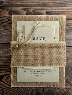Custom annonces faire-part rustique rustique toile de jute faire-part de mariage, Invitations de mariage Style County, (20)