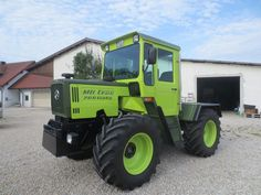 Agriculture Tractor, Garden Equipment, Heavy Machinery, New Holland, Rubber Tires, Mercedes Benz, Childhood, Track, Cars