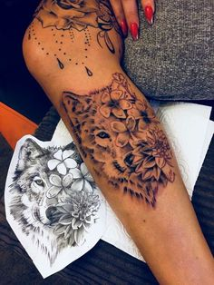 -Wolf - Awesome Succulent Tattoo Ideas For Pe Thigh Tattoo Designs, Tattoo Sleeve Designs, Tattoo Designs For Women, Sleeve Tattoos, Mini Tattoos, Cute Tattoos, Body Art Tattoos, Thigh Tattoos, Tatoos