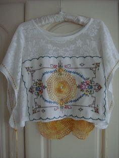 Gorgeous Vintage White Cotton Lace Doily por PrettyUnusuall en Etsy