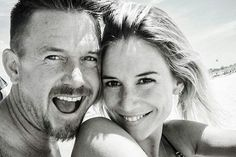 Johnny de Mol deelt eerste foto nieuwe vriendin|Prive| Telegraaf.nl