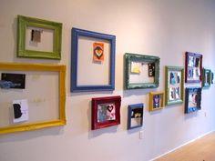 Cool way to hang children's artwork or photos in reading nook. Get frames from Hobby Lobby. Danish Word For Cozy, Kids Decor, Diy Home Decor, Viria, Portfolio Kindergarten, Metal Pegboard, Displaying Kids Artwork, Hanging Artwork, Childrens Artwork