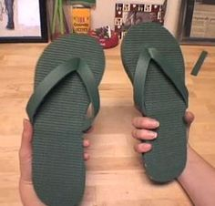 How to Make Flip Flops from a Yoga Mat. With just a glue gun and a pair of scissors, you can recycle an old yoga mat into a new pair of flip flops. Clean the yoga mat. Operation Christmas Child, Shoe Pattern, Shoe Clips, Womens Flip Flops, Shoe Box, Slippers, Footwear, Pairs, How To Make