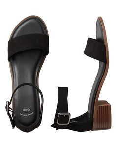 Ankle-strap sandals