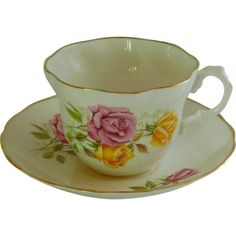 Vintage Royal Imperial Bone China Tea Cup ❤ liked on Polyvore featuring home, kitchen & dining, drinkware, pink cup, vintage bone china tea cups, rose tea cup, vintage cups and vintage teacups