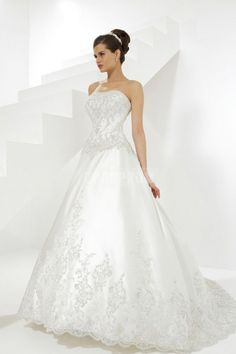 Princess Buttons Chapel Train Satin Wedding Dress