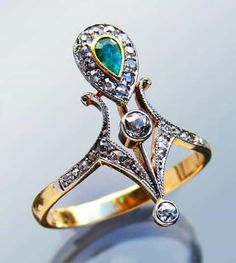 Beautiful ring from France, ca 1900