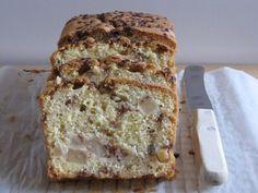 Vandaag weer een lekker recept met appel. Deze keer een 'gewone' cake met stukjes appel door het beslag en grove kaneelsuiker.Ik ben de kaneelsuiker in verschillende supermarkten op verschillende plekken tegen gekomen. Je kunt op de volgende plekken zoeken: bij de kruiden, bakbenodigdheden of in het suikerschap. Voor de cake heb je nodig: (12-16 stukken)…