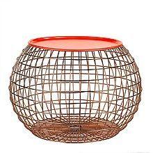 Deze bijzettafel is van Pols Potten.Het is een bijzonder mooie en opvallende tafel mede door het oranje bovenblad