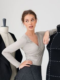 Burda: Just slip into this jersey T-shirt – it only looks like it's wrapped because the front pieces are caught in the side seams. This top is so figure flattering and accentuates the bust.