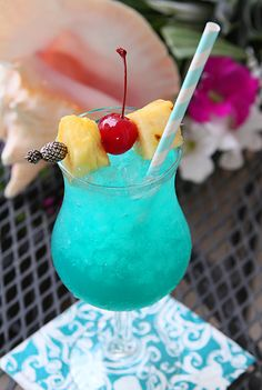 Blue Hawaii Cocktail ~ Coconut Rum, Blue Curaçao, Pineapple Juice, & Sweet & Sour Mix