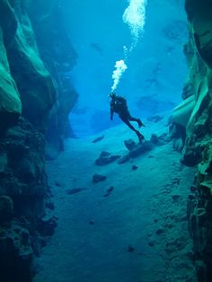 Iceland,..... diving... yes!!!