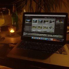 W takich warunkach to moge pracować ;) #bloger #wakacje #holidays #holiday #cro #croatia #croatian #chorwacja #piwo #pivo #radler #tealight #laptop #mac #apple #adobe #lightroom #polishboy #blogger