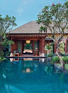 Mandapa, a Ritz-Carlton Reserve in Ubud promises a refined luxury in the heart of Bali and wows with sophisticated interior design and a beautiful location in a river enclosure among the lush tropical jungle. #ubudbalihotelluxury #ubudluxuryresort #ubudluxuryhotel #luxuryhotelsubud #ubudluxuryvillas #ubudbalihotelvillas #ubudbalihotel #ubudbalihotelboutiques #ubudbalihotelresorts #besthotelsinubudbali #besthotelsubudbali #poolvillaresort #bestluxuryhotelsbali #balihotelresortsvillas Luxury Hotels Bali, Ubud Bali Hotels, Hotels And Resorts, Indonesian House, Conception Villa, Paradise Pools, Terrasse Design, Unusual Hotels, Hotel Concept