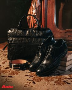 If you're going to wear classy derby shoes, you're going to need the quality accessories to match. Bata Shoes, Men's Shoes, Derby Shoes, Shoe Collection, Moccasins, Oxford Shoes, Lace Up, Loafers, Classy