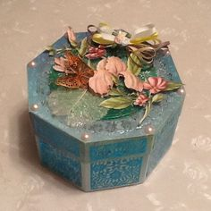 Sent in by Margaret Redfern Your Cards, Decorative Boxes, Craft Ideas, Display, Room, Crafts, Home Decor, Art, Floor Space