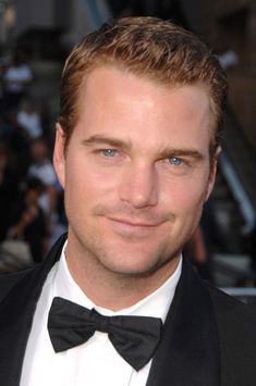 "Christopher Eugene ""Chris"" O'Donnell, Winnetka IL, (1970-       ), actor.  German, Irish heritage"