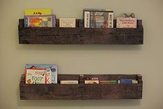 book shelves - these pallets are so charming and a perfect look for the book nook and matches the tree house decor- could we make enough for good storage? We'd just have to rotate when she ages out of the young books.
