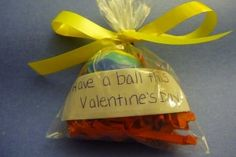 15 easy non-candy Valentines you can make.  Works really well for those food allergy kids in your  life.