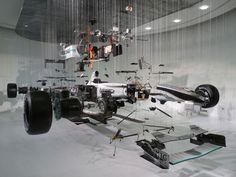構造丸わかり、真っ二つに加工されて展示されている自動車いろいろ - DNA