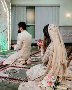 💕💕First thing one should do after getting married.💕💕 💕💕most beautiful pic u will see today💕💕 💕💕Goals💕💕 . Hope you like it Keep supporting Cute Love Couple, Cute Couple Pictures, Beautiful Couple, Wedding Couple Poses, Couple Posing, Wedding Couples, Wedding Ideas, Cute Muslim Couples, Cute Couples
