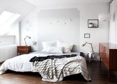 oh what a room: unser Schlafzimmer mit DIY/Ikea Hack Familienbett