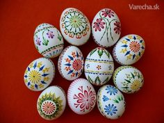 Kraslice od Aničky Ester Decoration, Easter Egg Template, Ukrainian Easter Eggs, Egg Crafts, Painted Ornaments, Egg Art, Egg Decorating, Happy Easter, Easter Eggs