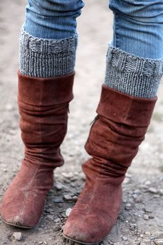 Love the leg warmers over jeans and under boots!