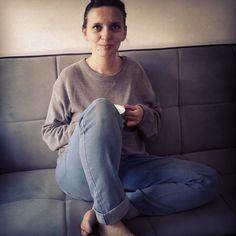 grey sweater, blue jeans