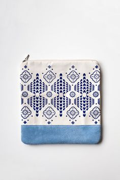 Moroccan Pattern Printed Leather Pouch No. ZP803 by CORIUMI