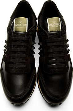 Valentino: Black Leather Rockstud Sneakers