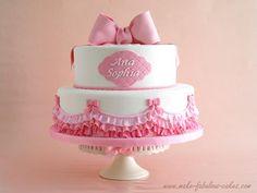 Pasteles De Bautizo Para Nina's | ... rosa volantes y lazos rosas de todos los tamanos y mucha de ella
