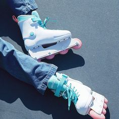 Make the sidewalk sizzle! Our quad skates are made from high quality components, so you can feel good skating the streets or rink in style with your skate squad. Roller Skate Shoes, Roller Skating, Roller Derby, Air Max Sneakers, High Top Sneakers, Pink Wheels, Quad Skates, Impala, Burton Snowboards