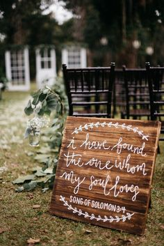 This beautiful southern wedding took place at the rustic South Carolina wedding . This beautiful southern wedding took place at the rustic South Carolina wedding venue, Duncannon Plantation and features. Chic Wedding, Wedding Tips, Perfect Wedding, Our Wedding, Wedding Planning, Dream Wedding, Wedding Rustic, Wedding Quotes, Budget Wedding