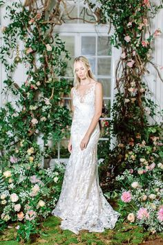 Fashion Friday: The Four Seasons Collection by Claire Pettibone – Spring
