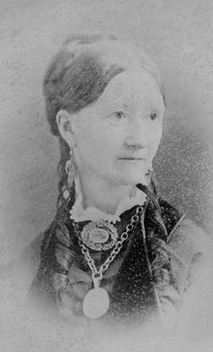 Slideshow: Women of Red River Who Runs The World, Red River, Ancestry, Family History, Mary, Portrait, Illustration, Women, Headshot Photography