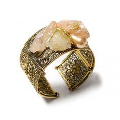 Bratara Pearl Aura - Mirabilis Art Jewelry - lei105.00 - www.thescarfstreet.com #thescarfstreet #esarfe #esarfa #scarf #fular #moda #modadama #romania #fashion Romania, Jewelry Art, Brooch, Fashion, Crystal, Bead, Moda, Fashion Styles, Brooches