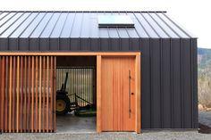 Gallery - Elk Valley Tractor Shed / FIELDWORK Design & Architecture - 5