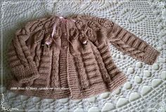 1000 Artes: Casaquinho e Gorro Suzanna - tricô infantil Baby Girl Patterns, Baby Knitting Patterns, Crochet Patterns, Love Knitting, Hand Knitting, Knit Baby Sweaters, Knitted Baby, Crochet Baby Clothes, Knit Cardigan